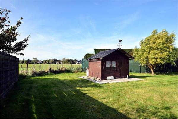 Dwelling for sale |  with option - with restrictions in De Haan