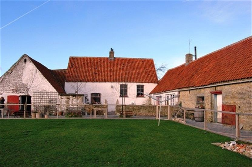Farm sold in Leffinge
