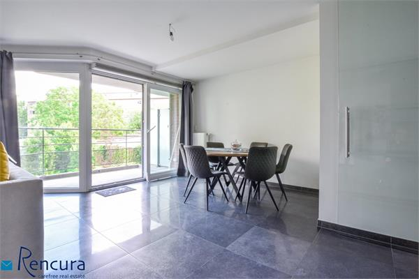 2-bedroom apartment for rent!