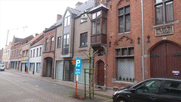 Handelspand gelegen in centrum Maldegem