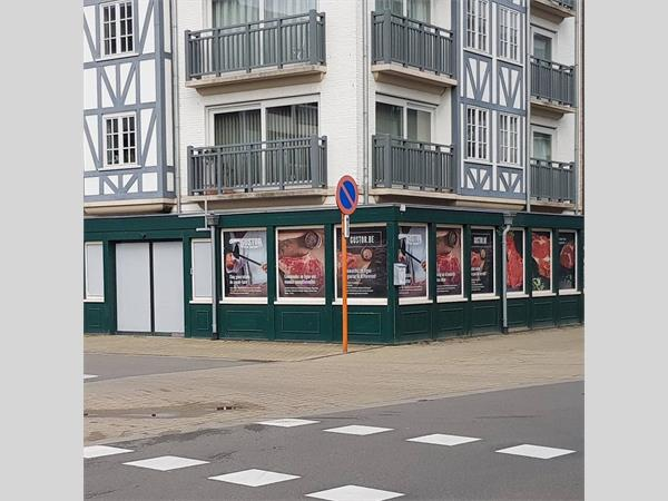 Commercial shop for sale in Koksijde