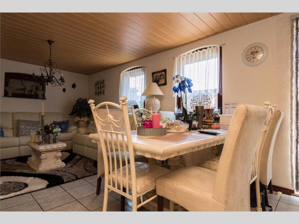 20 A - Woonkamer