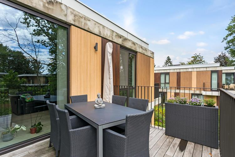 Subliem appartement in privaat woonpark