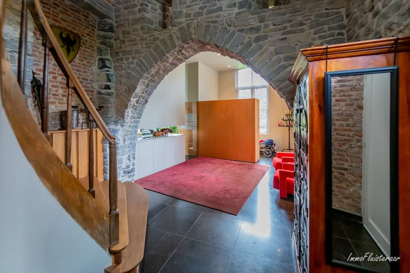 Castle for sale in Mourcourt