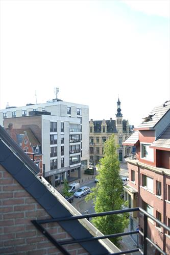 Lichtrijk duplex appartment